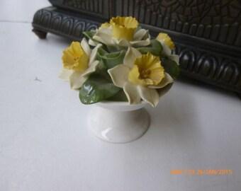 vinage décorative porcelaine flowers