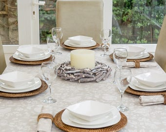 Christmas Partridge in a Pear Tree 150x230cm Rectangle Tablecloth