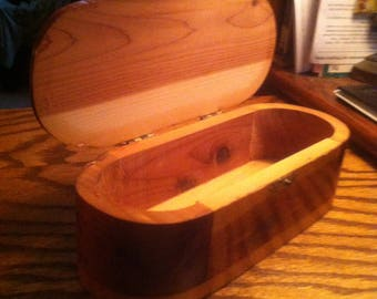 Vintage 1930's Rounded Oblong Cedar Notions Hinge-lidded Box