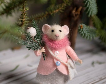 Needle Felted mouse , Woolen mouse , Christmas mouse , Christmas twig , Christmas Decoration , Art Doll , Waldorf animal , Eco-friendly