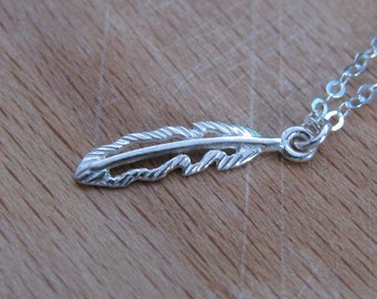 Feather necklace, silver necklace, silver feather necklace, dainty necklace, gift for her, everyday necklace, leaf necklace