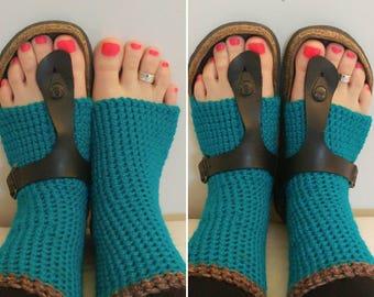 Short Teal Green Yoga/Dance/flip flop/pedicure socks - The Green Bus, beautiful Vancouver Island, Canada.
