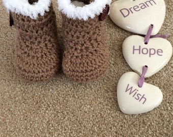 Crochet baby ugg boots
