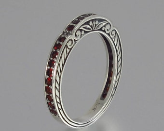 CARYATID wedding band in sterling silver with Garnet half-eternity band
