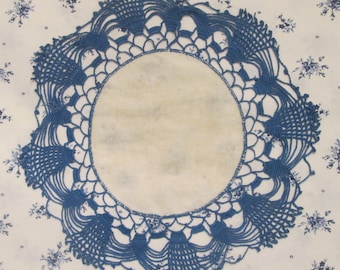 Vintage Twin Size Flat Sheet and Matching Crocheted Doily - Westpoint Stevens Cotton Blend - Blue and White Floral