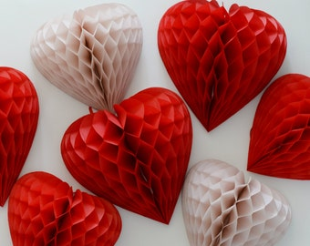 Set of 4  paper heart honeycomb Decorations - bespoke colors / hanging party decorations / birthday decorations / valentine's day decor