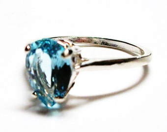 "Blue topaz, sky topaz ring, topaz ring, blue ring, birthstone topaz, solitaire ring,  s7 3/4   ""Christmas Candy"""