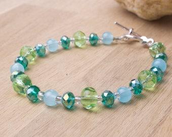 Green Beaded Bracelet - Sea Green pretty bead bracelet | Beaded accessories | Summer jewellery | Bling bracelet |