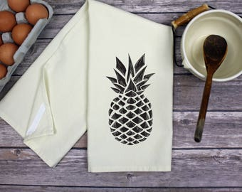 Tea Towel - Pineapple Towel - Kitchen Towel - Dish Towel - Housewarming Towel - Pineapple