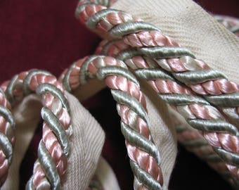 Vintage Flanged Piping Cord sold per meter Pink / Green / Ivory