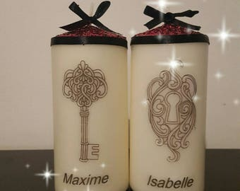 "A pack of ""Lovers Duo"" candle personalized with name"