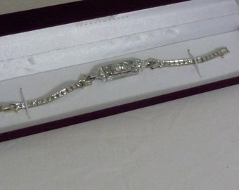 14k White Gold and Diamond Braclet