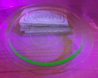 Vintage Vaseline Uranium Glass Serving Tray Platter Hexagon Etched Pattern