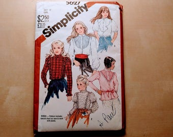 Vintage Simplicity 5627 Girls Blouse 1980s Sewing Pattern DIY, Girls Size 12, Gunne Sax Style Blouse Pattern with Ruffles, Lace, Puff Sleeve