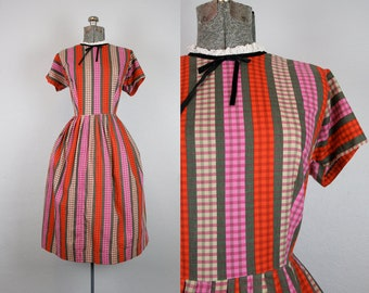1950's Pink and Red Striped Cotton Day Dress / Size Large
