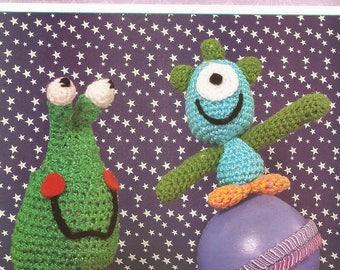 Crochet Toys Pattern, Disney Pattern, Crochet Monsters,Crochet DISNEY Baby,vintage , Amigurumi in Spanish : D025  /PDF-instant download