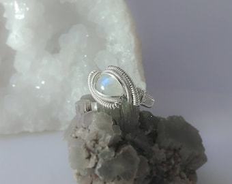 Silver Moonstone Ring size 7 US Wire wrapped Moonstone wire ring, Heady ring gift sterling silver Moonstone jewelry valentine's gift