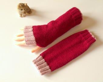 Fuchsia pink and dark pink mittens powder handknitted
