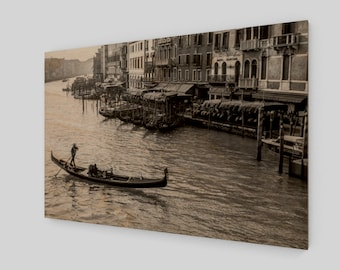 Venice Gondola #1 Wood Print, 1:50 Limited Edition / home decor / decoration / photo / photography / black and white /.