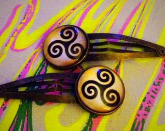 Teen Wolf Celtic Triskelion bronze snap hair barrettes