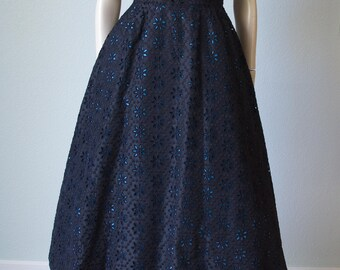 1950s Mollie Parnis Silk Taffeta Dress / 50s Black Dress / 1950s Silk Dress / Black and Turquoise / Embroidered Flower Design / Small