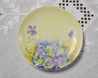 Assiette décorative Vintage violettes à la main peint signée FM Barlow mauve vert Floral PanchosPorch
