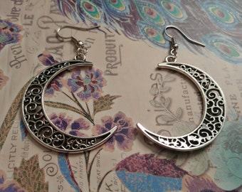 Crescent moon dangle earrings