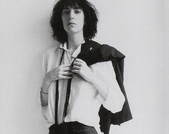 """Patti Smith - Horses - Mini Poster with Black Card Frame and Mount (9.5"""" x 9.5"""")"""