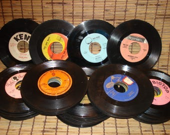 Random Lot Of 100 - 45 RPM Records For Crafting Or Decoration