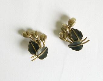 1940s Gold Tone Pearl and Enamel Earrings