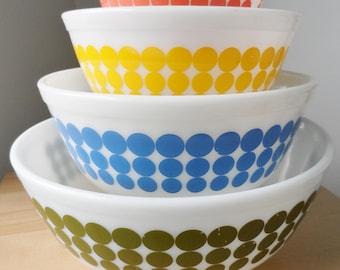 Pyrex New Dot Mixing bowls, 400 setof 4 , green, orange, yellow and blue