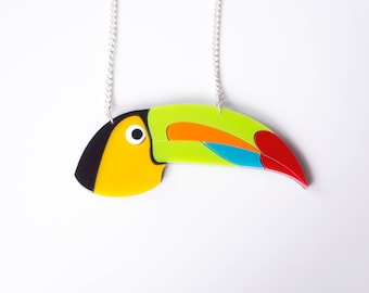 Toucan Necklace. Bird Statement Necklace.Tropical Bird Pendant. Love Bird. Animal Necklace. Bird Necklace. Bird Pendant. Plastic Necklace.