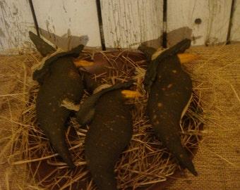 3 Primitive Witch Crow Ornies / Tucks