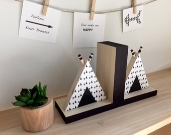 TeePee Bookends, Tribal Nursery, Black and White Nursery, Black and White Woodland, Aztec Nursery, Southwestern Nursery, Tribal Nursery