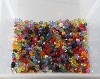 set of 37g of small plastic multicolored 4mm faceted beads
