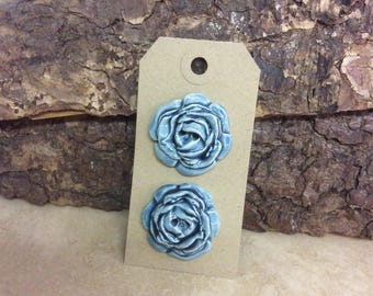 Set of two ceramic rose buttons