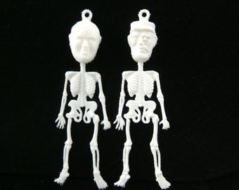1 Set VINTAGE Day of the Dead Communist Leaders - Plastic Charms - Very Odd