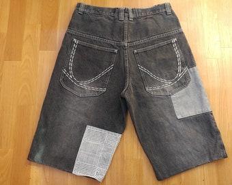 KARL KANI shorts, vintage baggy Kani jeans denim shorts 90s hip-hop clothing, 1990s hip hop OG old school streetwear, gangsta rap, size W 32