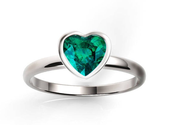 shaped columbian emerald ring heart product cp