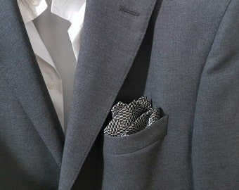 SILK Pocket Square in Black and Silver Flakes