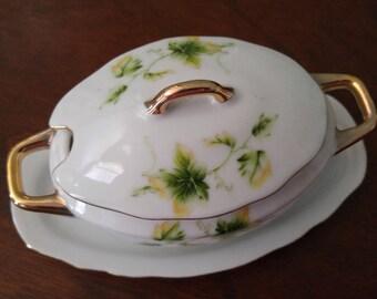 Porcelain Gravy Boat/ Gravy Tureen/Gold Gilded Royal Crown/ 1920's/ Mother's Day Gift/St Patrick's Day