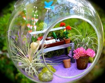 "Flower Garden Terrarium Kit ~ 7"" Air Plant Terrarium ~ Gardener's Table + Hat ~ 2 live Air Plants ~ Gladiolus Color Choice ~ Gift for Mom"