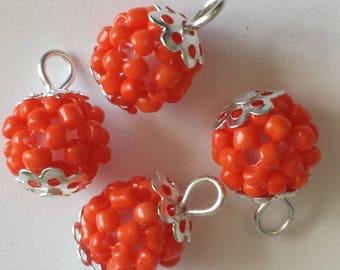 4 pendants beads 2.5 mm peach Pearl