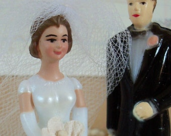 Vintage / Wedding Cake Toppers / Miniature Bride and Groom / Set of Two / Pedestal Included / Retro Bridal Shower