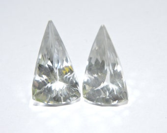 2 Pieces Very Attractive Natural Rock Crystal Quartz Faceted Triangular Shaped Loose Gemstone Size 21X11 MM
