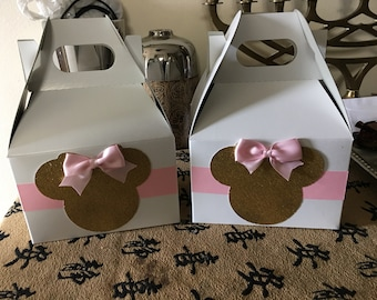 6 Minnie mouse treat boxes or gift boxes