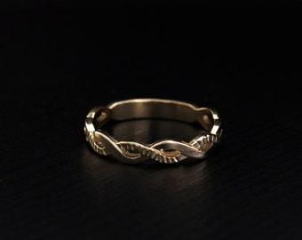 Infinity ring, Infinity wedding band, Women infinity ring, Tiny infinity ring, 14k solid gold dainty wedding band, Minimal wedding band
