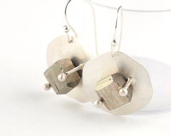 Pyrite earrings, Pyrite cube earrings, Gemstone earrings, Cubic pyrite earrings, Silver earrings, Raw pyrite earrings, Rough pyrite earrings