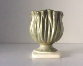 Leafy Lettuce Ceramic Vase | Studio Pottery | USA | Vintage