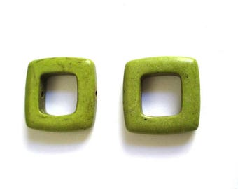 2 square 19mm Green howlite beads